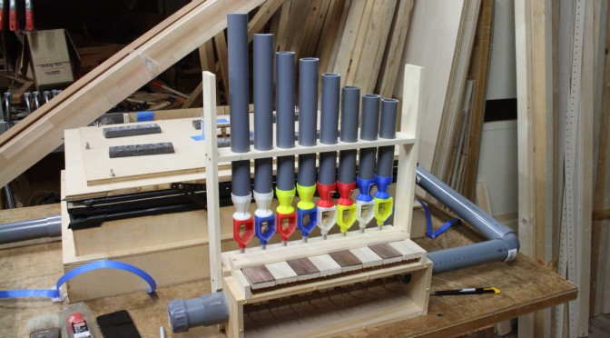 パイプオルガンワールド: リード管のラックを作り整音開始…道は険しい